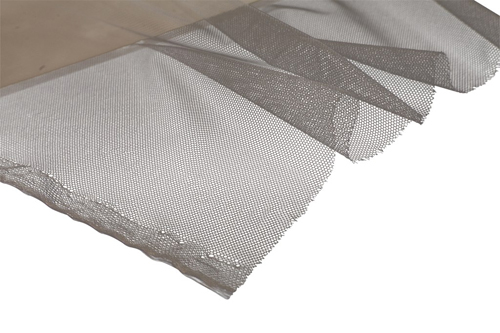 A Polyester Netting 1.4m wide suitable for cryogenic insulation purposes.