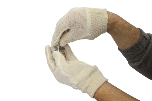 Light weight cotton gloves to protect the cleanliness of your equipment, ideal for super-insulating